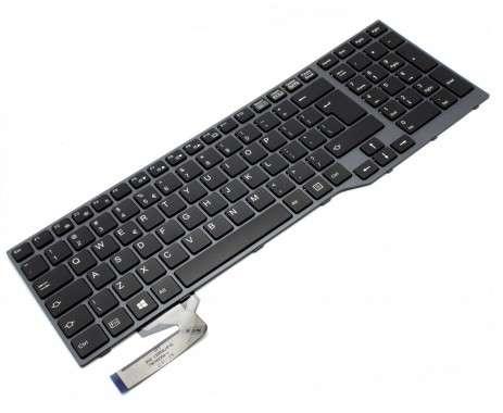 Tastatura Fujitsu Siemens LifeBook E753 iluminata backlit. Keyboard Fujitsu Siemens LifeBook E753 iluminata backlit. Tastaturi laptop Fujitsu Siemens LifeBook E753 iluminata backlit. Tastatura notebook Fujitsu Siemens LifeBook E753 iluminata backlit