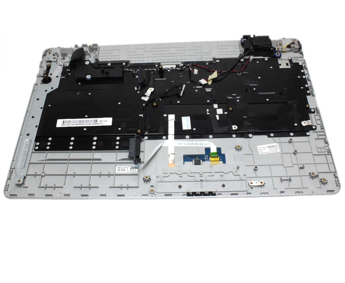Tastatura Samsung NP270E5E neagra cu Palmrest argintiu si TouchPad imagine powerlaptop.ro 2021