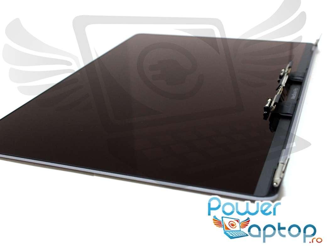 Ansamblu superior display si carcasa Apple MacBook Pro 15 Retina Touch Bar A1707 2016 Silver imagine powerlaptop.ro 2021