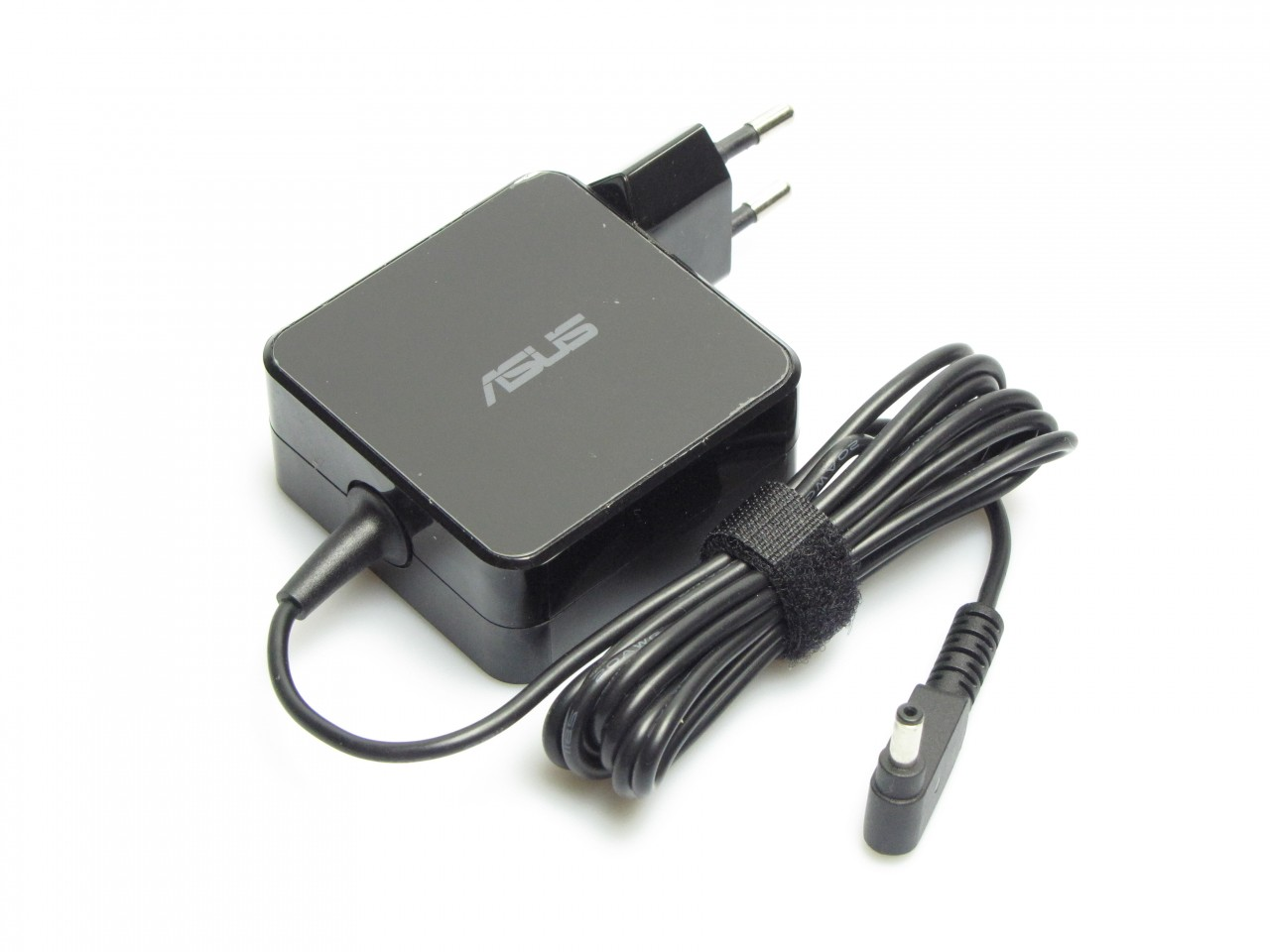 Incarcator Asus S430UF Square Shape 65W imagine powerlaptop.ro 2021